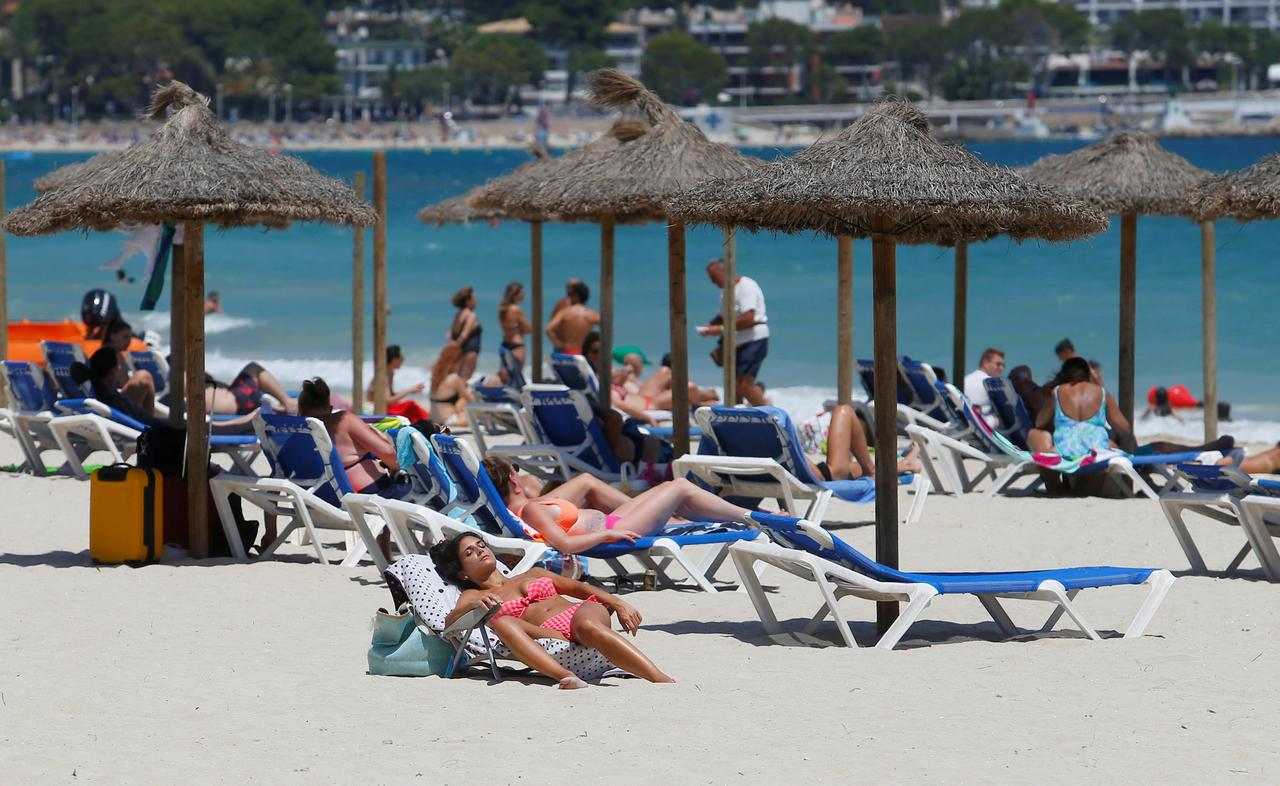 Spain slams UK, Germany for advising tourists to stay away